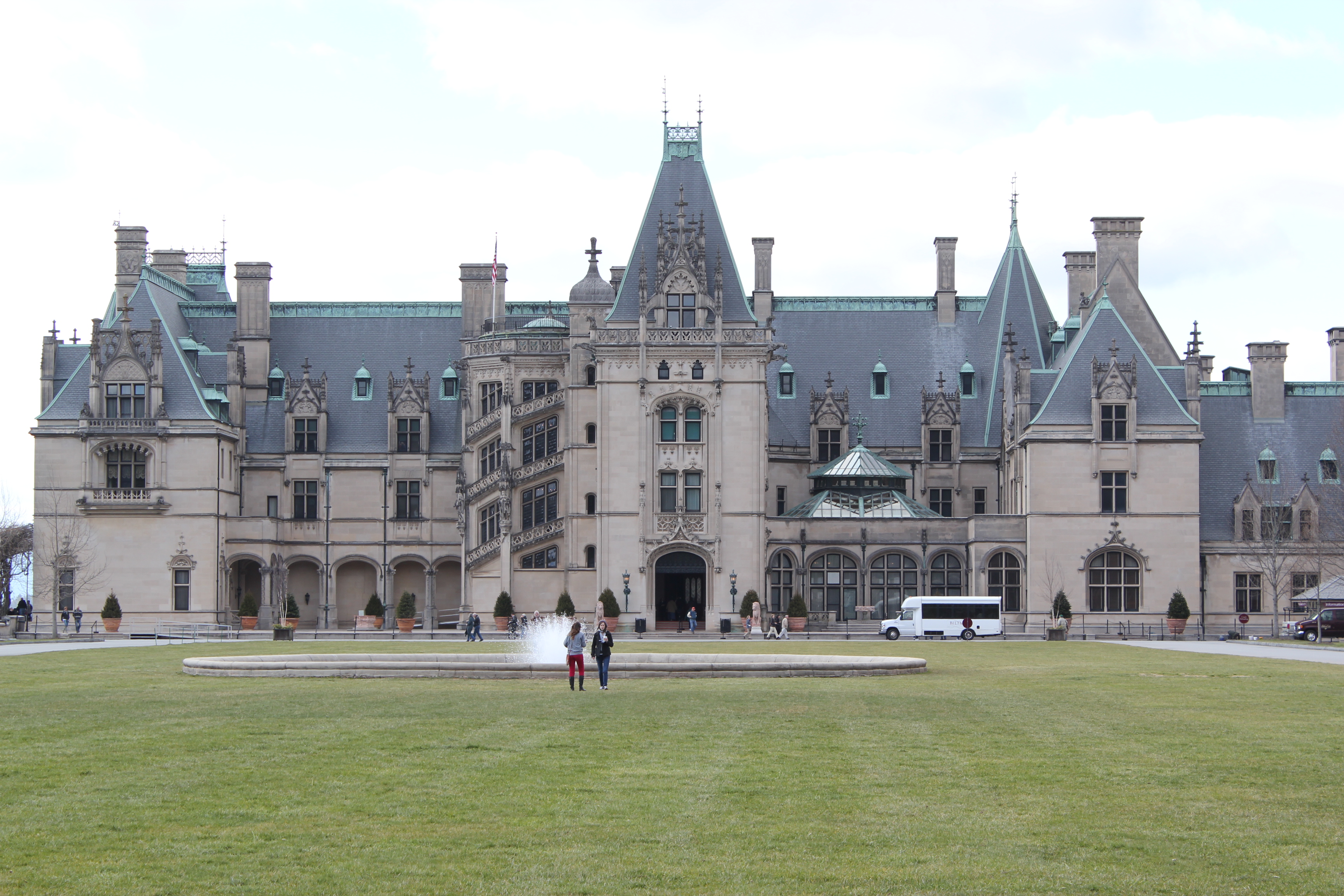downton abbey and asheville s biltmore estate gonna 39 say it. Black Bedroom Furniture Sets. Home Design Ideas